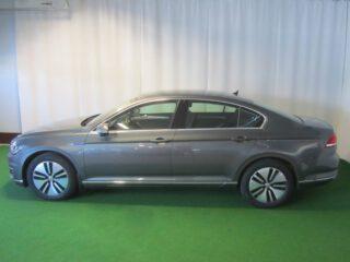 VW PASSAT