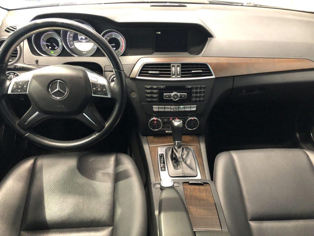 Mercedes-Benz Farmari